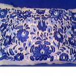 Kék-fehér matyó mintás párna