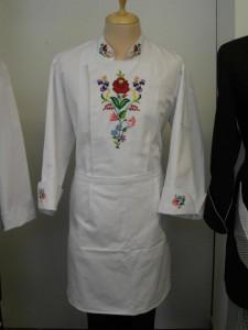Kézzel hímzett kalocsai séf ruha
