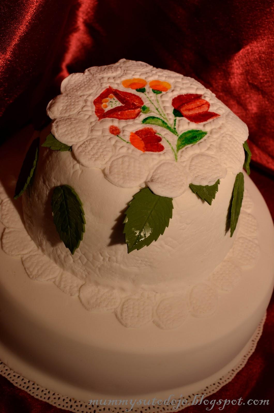Kalocsai mintás terítős torta