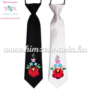 feher-fekete-gyerek-nyakkendok-kalocsai-minta-himzes