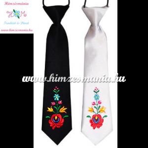feher-fekete-gyerek-nyakkendok-matyo-minta-himzes