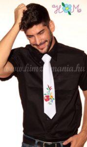 Fehér kalocsai mintás nyakkendő